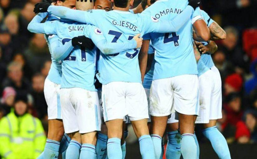 แมนเชสเตอร์ซิตี้ชนะ 2-1 ในแมนเชสเตอร์ยูไนเต็ดซึ่งเมืองนี้เป็นสีฟ้า …