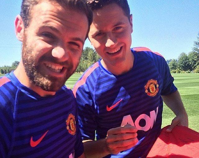 มาตาและ Herrera @anderherrera #anderherrera #championsleague #zlatan #rashford …