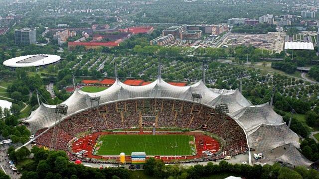 Olympiastadion บ้านเก่าของบาเยิร์นมิวนิค @fbbbayern ️️️ #munich #munchen #baye …