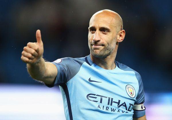 Pablo Zabaleta Photos Photos – Pablo Zabaleta จาก Manchester City แสดงความชื่นชม …
