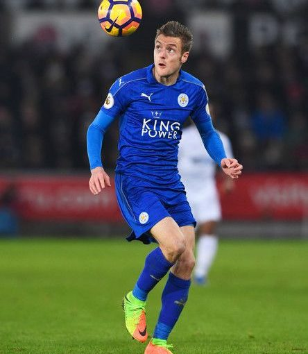 Jamie Vardy ของ Leicester City ในการดำเนินการในระหว่างการแข่งขันพรีเมียร์ลีกระหว่าง …
