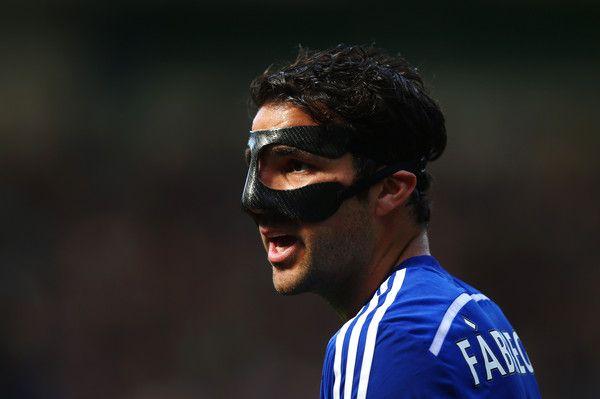 Cesc Fabregas Photos – Cesc Fabregas จาก Chelsea มองไปที่ Barclays Pre …